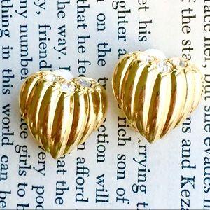 JOAN RIVERS Vintage Heart Rhinestone Earrings